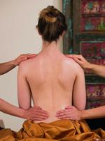 Die Magie der Ayurveda-Massage
