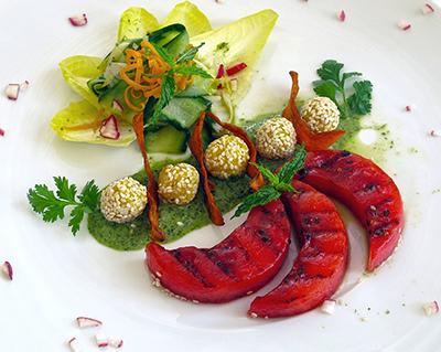 Ayurvedischer Rezepttipp: Hirsebällchen mit Koriander-Chutney