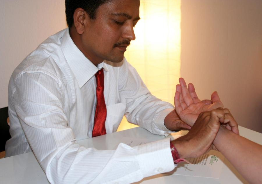Einführungs-Video zur ayurvedischen Pulsdiagnose