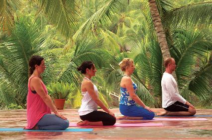 Yoga Lehrer Trainingskurse in Kerala, Indien